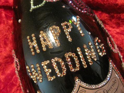 シャンパンデコ HAPPY WEDDING ロゴ